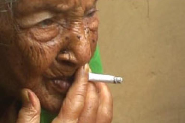 Une dame de 125 ans affirme qu'elle a fumé du cannabis à tous les jours de sa vie!