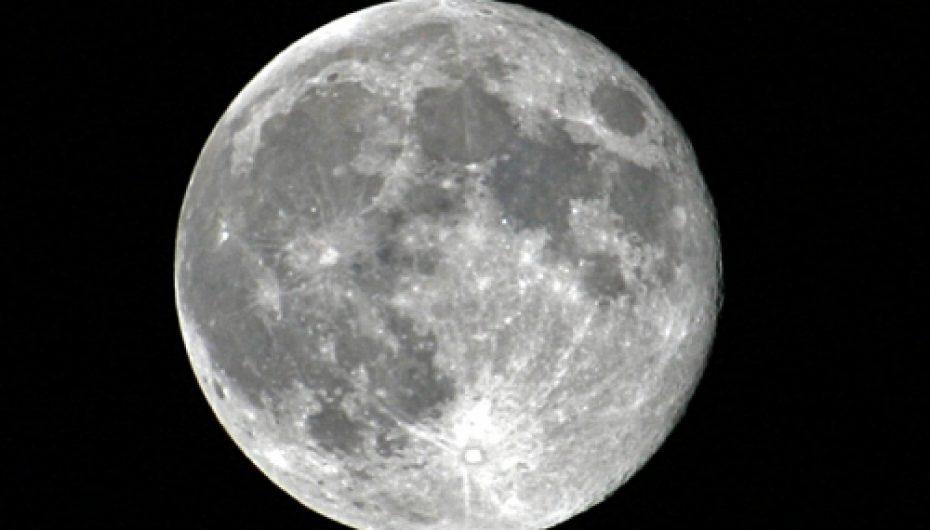 La russie veut trouver de l'eau sur la lune
